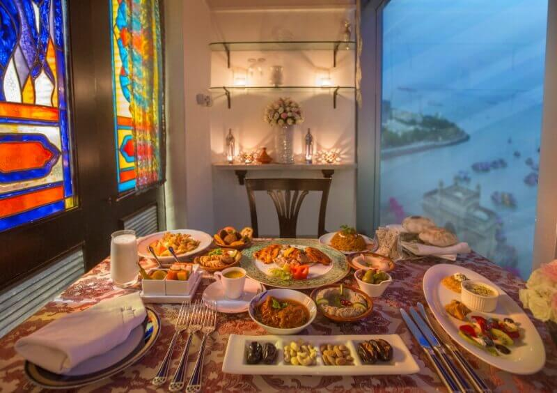 Питание в отеле The Taj Mahal Tower Mumbai