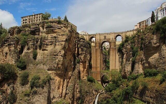 Испания раздает гражданство обладателям некоторых фамилий