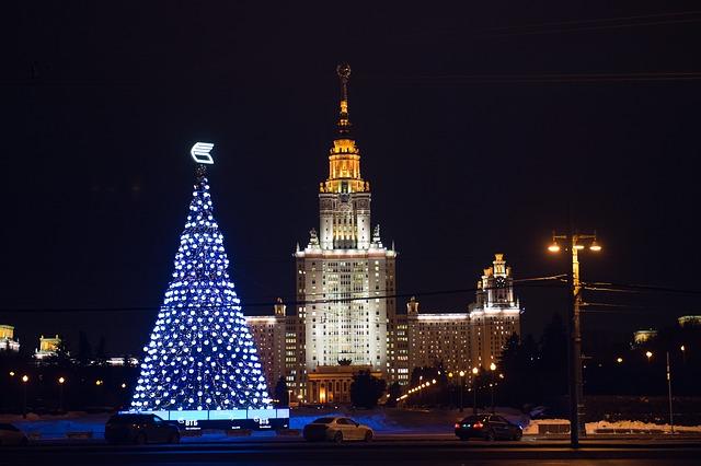 Новогодняя елка МГУ