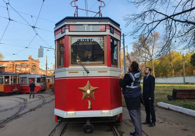 Ретро-трамвай в Санкт-Петербурге