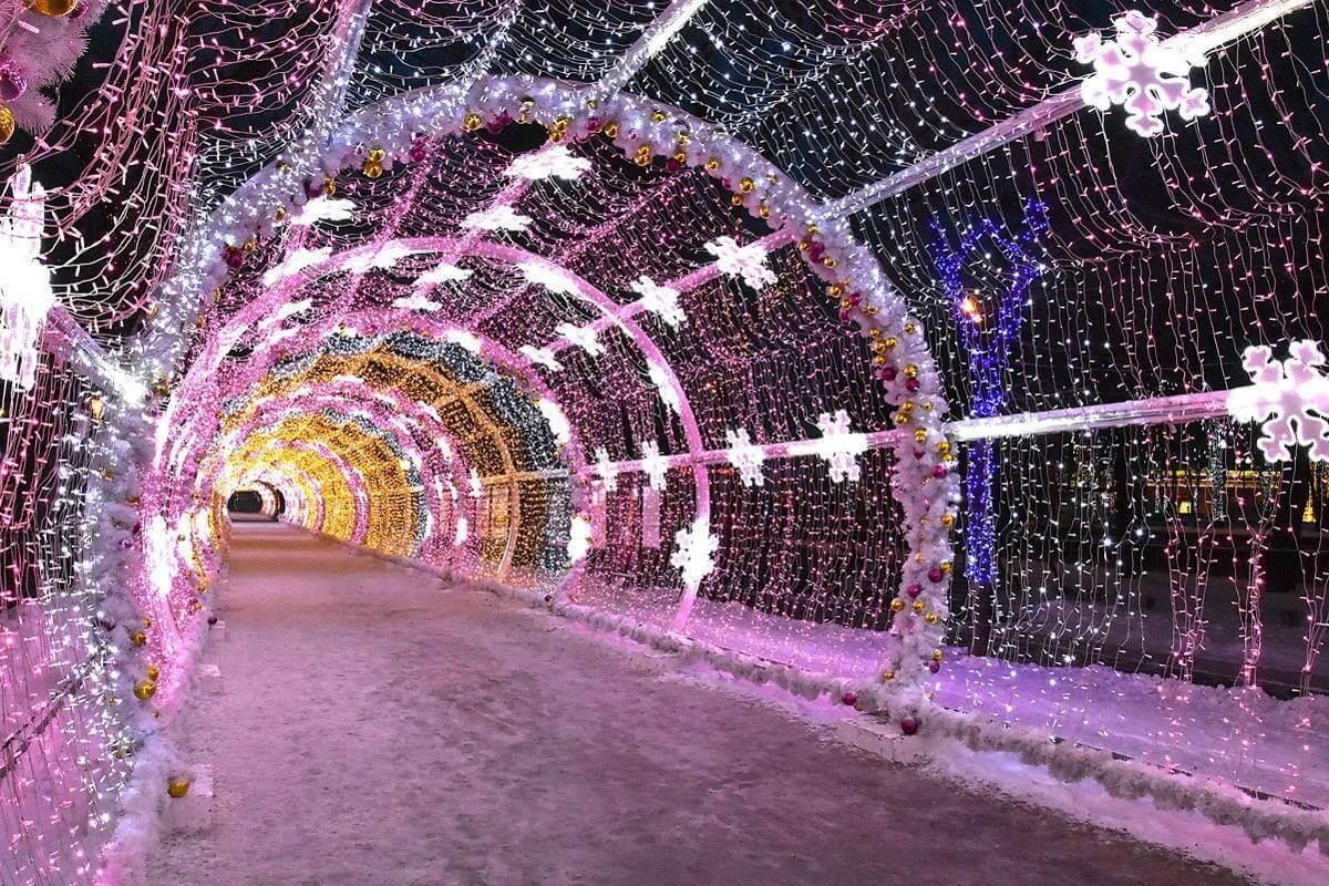 Новогодняя арка в Москве