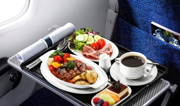 Авиакомпания «Россия» отменяет услугу питания на коротких рейсах