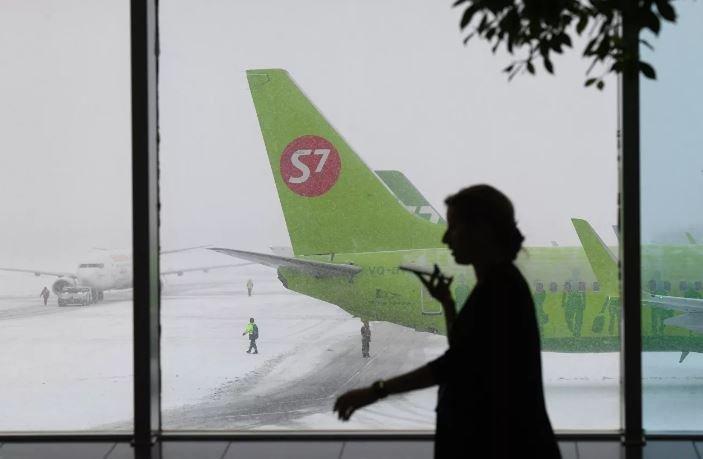 Самолет в Москве
