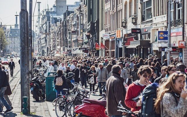Борьба с туризмом в Нидерландах привела к увеличению туристов