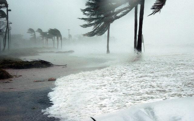 На Испанию обрушился мощный ураган «Глория»