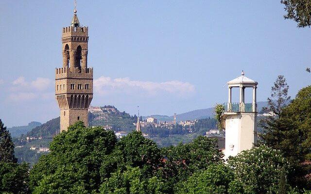 Флорентийская башня Арнольфо приглашает на день Всех Влюбленных