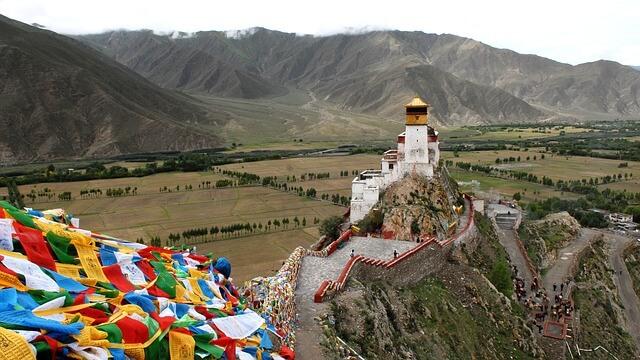 Монастырь Тибет