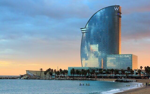 Самые популярные отели в центре Барселоны