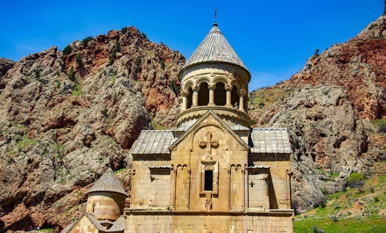 Путешествие к монастырям Еревана