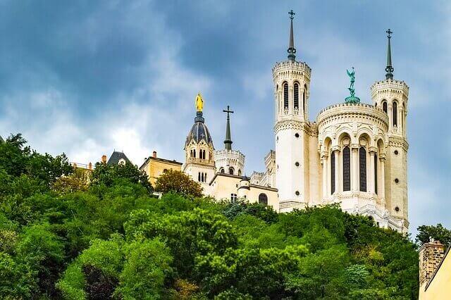 Базилика Нотр-Дам де Фурвьер в Лионе, Франция