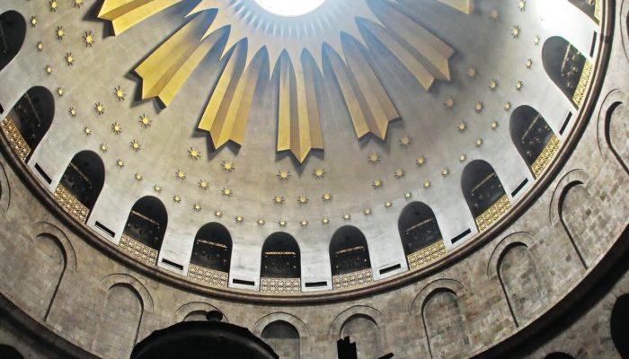 Израиль закрывает Храм Гроба Господня