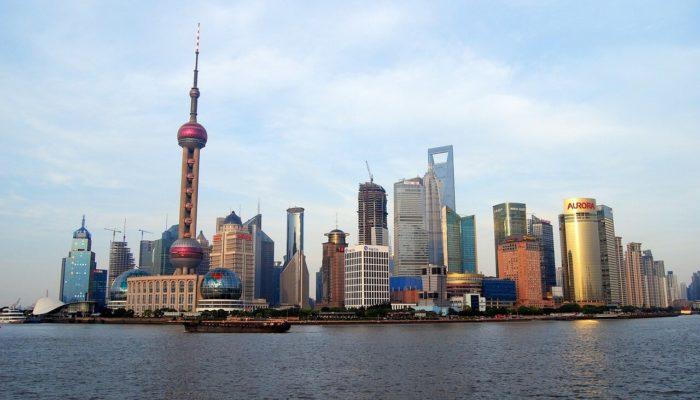 В Шанхае вновь закрывают достопримечательности из-за «завезенного» коронавируса