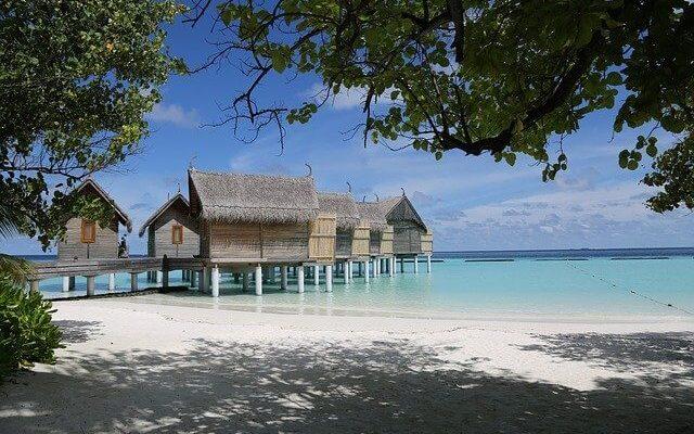 Россиян не пустили на вывозной рейс с Мальдив