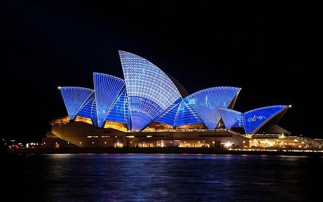 Российские туристы просят их вывезти из Австралии