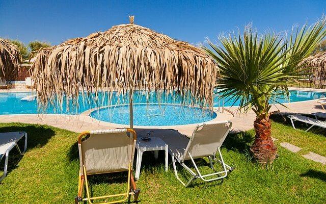 Отели в Сочи, которые сейчас можно забронировать со скидкой до 52%