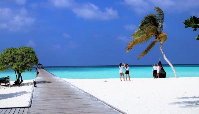 Мальдивы открывают границы для всех с июля