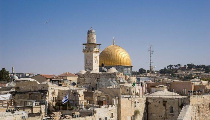 В Израиле запланировали вновь ввести ограничения из-за вспышки коронавируса