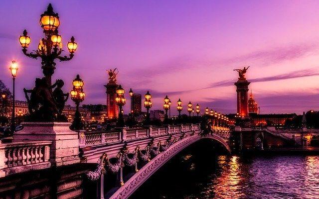Во Франции готовы ввести обязательный масочный режим в общественных местах