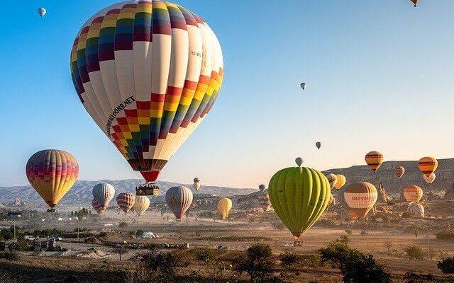 Турецкая Каппадокия сообщает, что шары вновь полетят в небо с октября