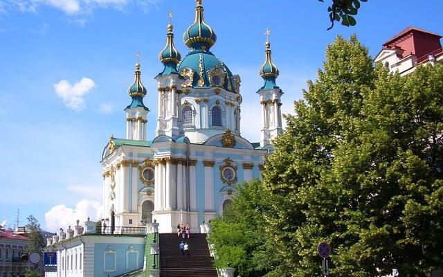 Украина открывает свои границы для иностранцев