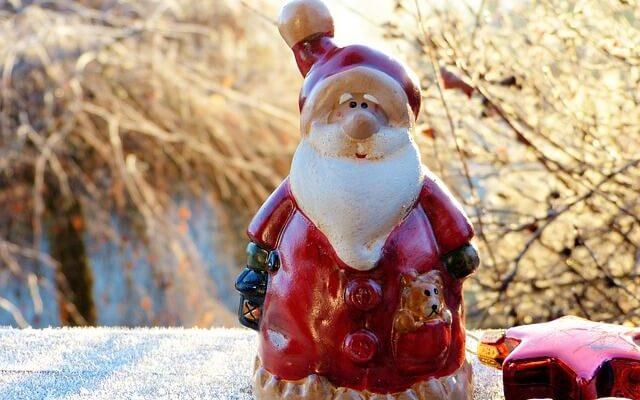 В гости к Деду Морозу теперь можно прилететь на самолете