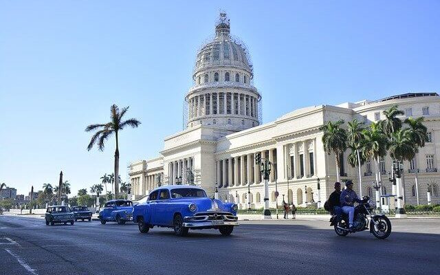 Куба ждет россиян без тестов и карантина
