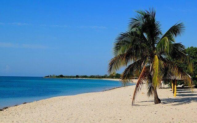 Российские туроператоры готовят туры на Кубу