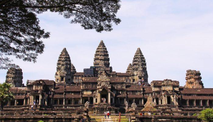 Оглашен список самых интересных старинных городов в мире