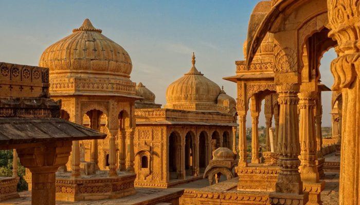 Туристический сектор Индии требует от властей назвать даты возобновления международного туризма