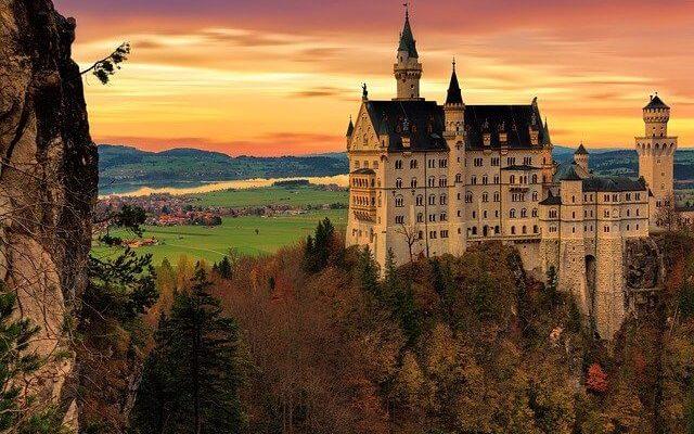 Составлен список красивейших замков мира