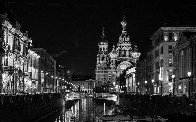 Петербург вводит жёсткие ограничения на ближайшие полтора месяца