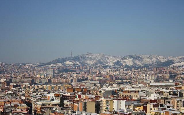 Испанию накрыла сильнейшая снежная буря