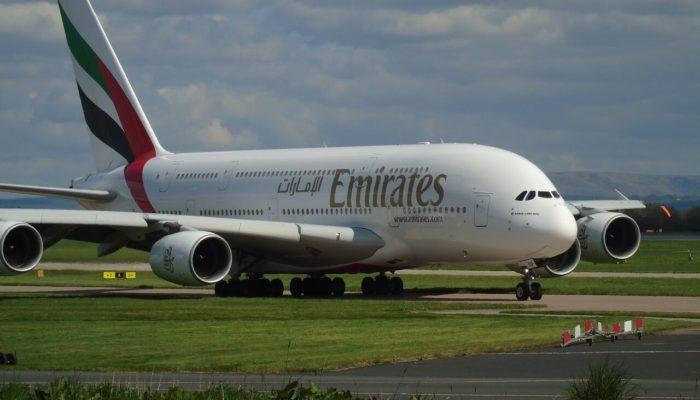 Авиакомпания Emirates теперь не требует обязательного теста при транзите