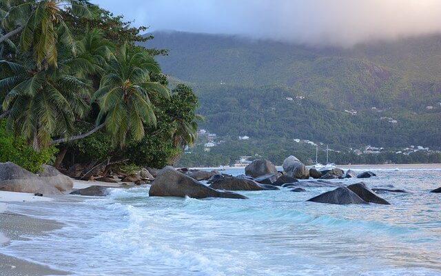 Сейшельские острова стали доступны для всех туристов