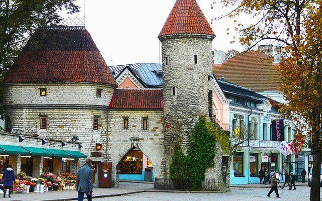 Эстония разрешила без карантинный въезд гражданам из ряда стран