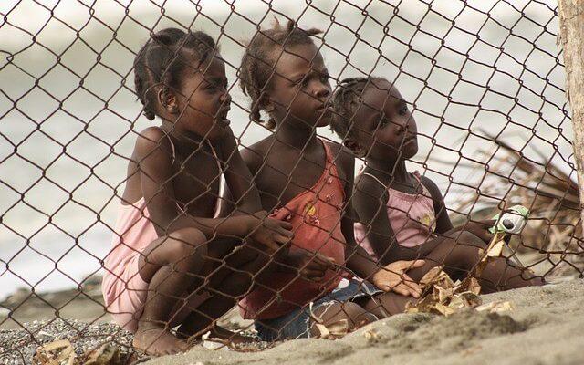 Между Доминиканой и Гаити появится стена
