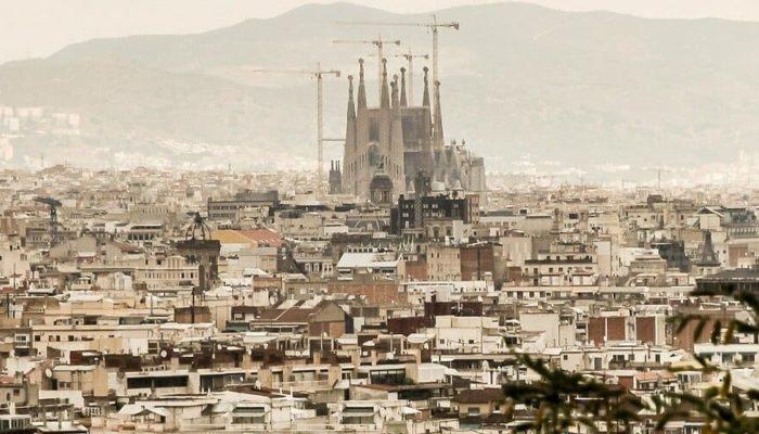 В конце лета россияне, возможно, смогут отдохнуть в Испании