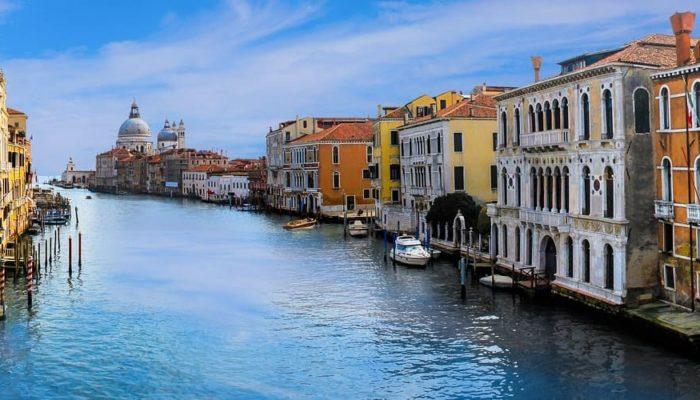 Италия будет продлевать визы, которые истекли в период пандемии