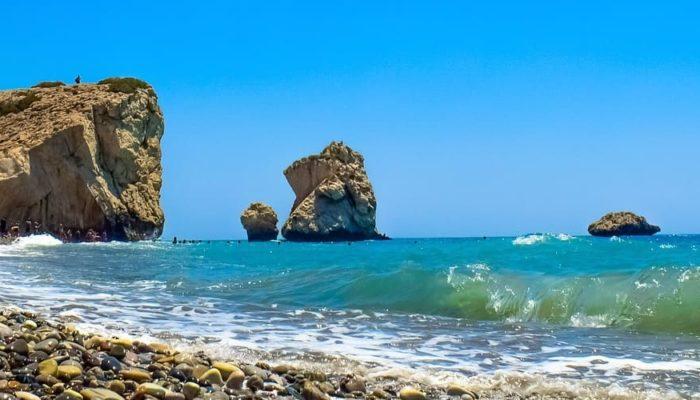 Кипр готовится к отмене локдауна 10 мая, но вводит Coronapass
