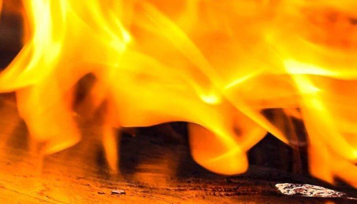 В Москве в горящем отеле погибли люди
