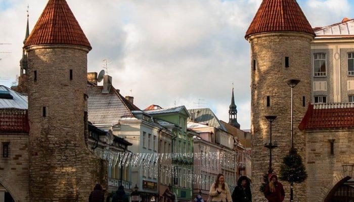 Эстония сообщила о признании всех мировых вакцин