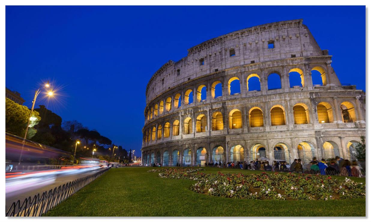 Ныне Колизей стал символом Рима и одним из популярнейших туристических объектов.