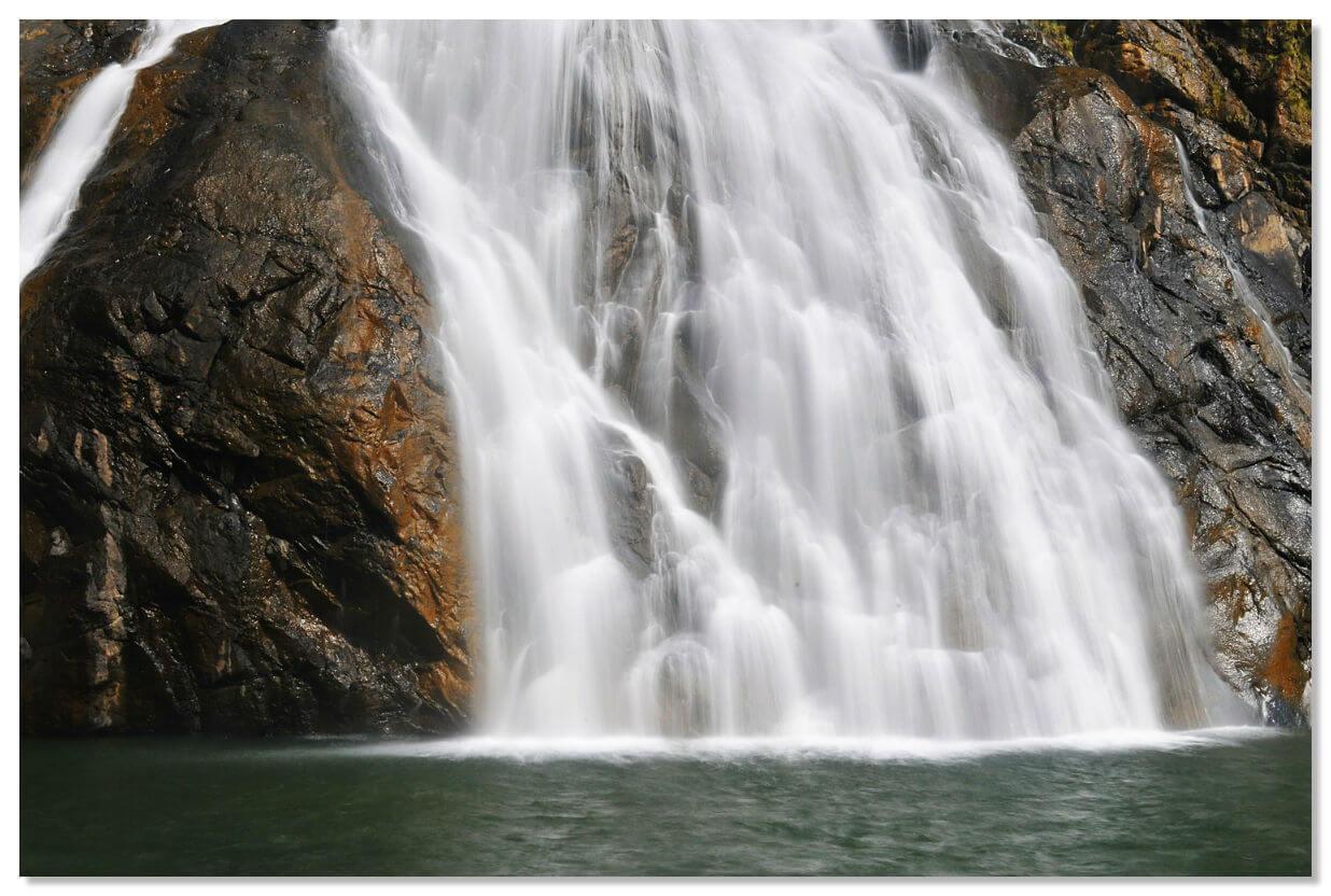 Водопад Дадсагар