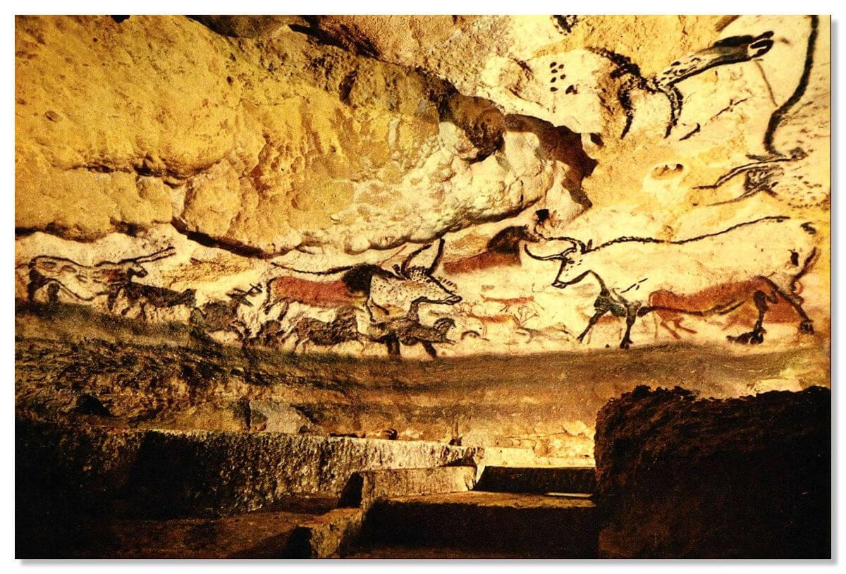 Рисунки быков в пещере Альтамира