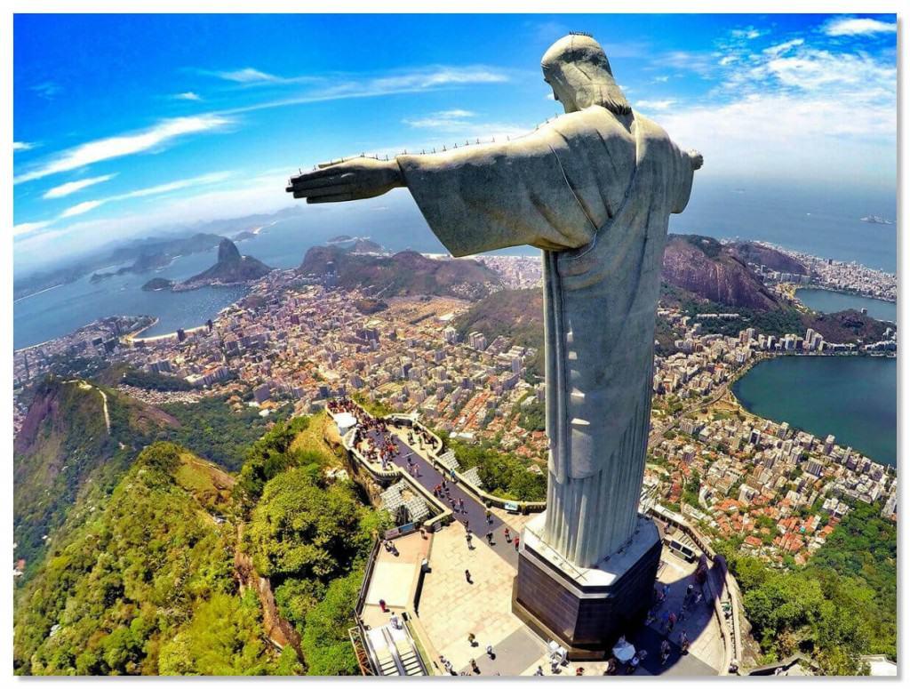 Торжественное открытие монумента и его освящение состоялось 12 октября 1931 года, спустя 9 лет после начала строительства.
