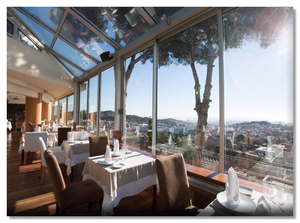 Mirabé- двухэтажный ресторан с террасой в Барселоне