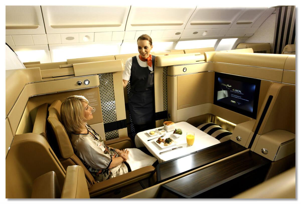 Пассажиры бизнес-классов жалуются на массажные кресла и отсутствие шампанского