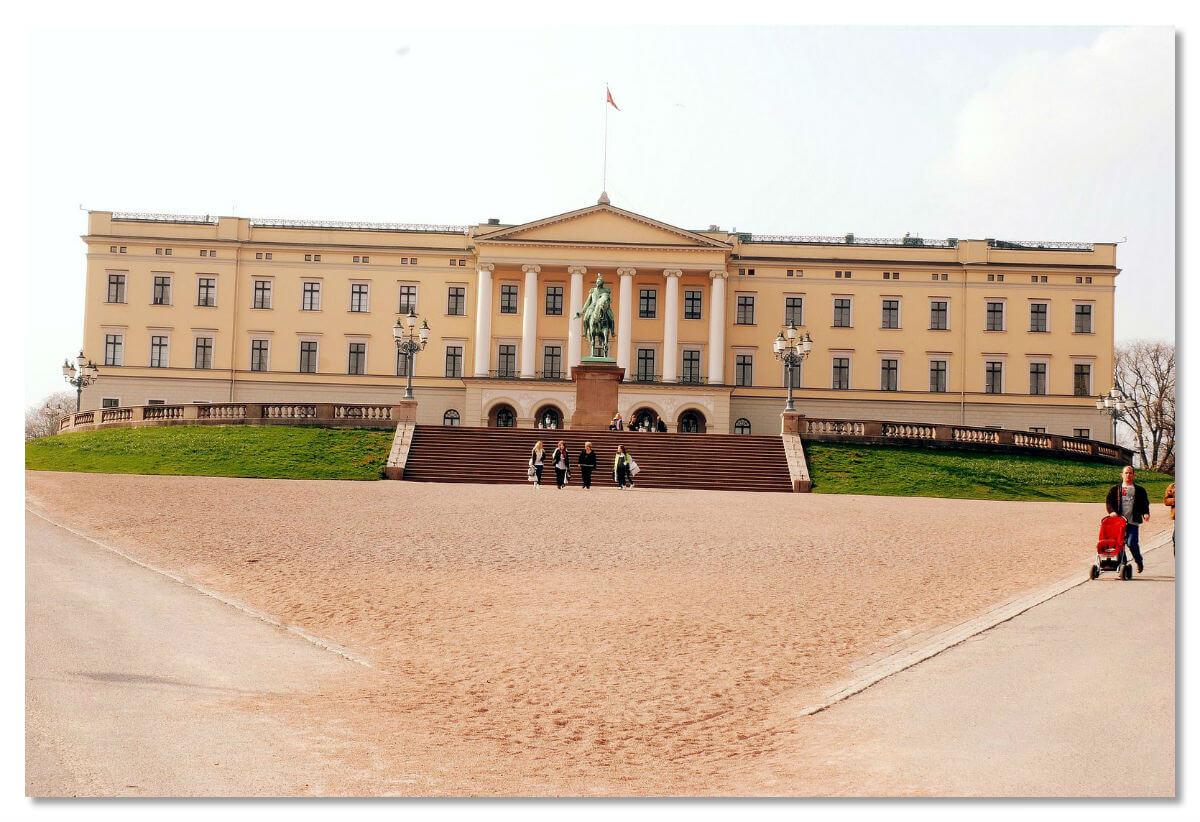 Королевский дворец в Норвегии