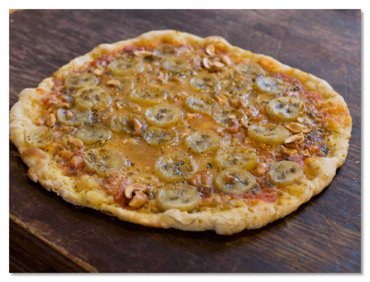 В Швеции немало интересных пицц, в том числе с банановым карри