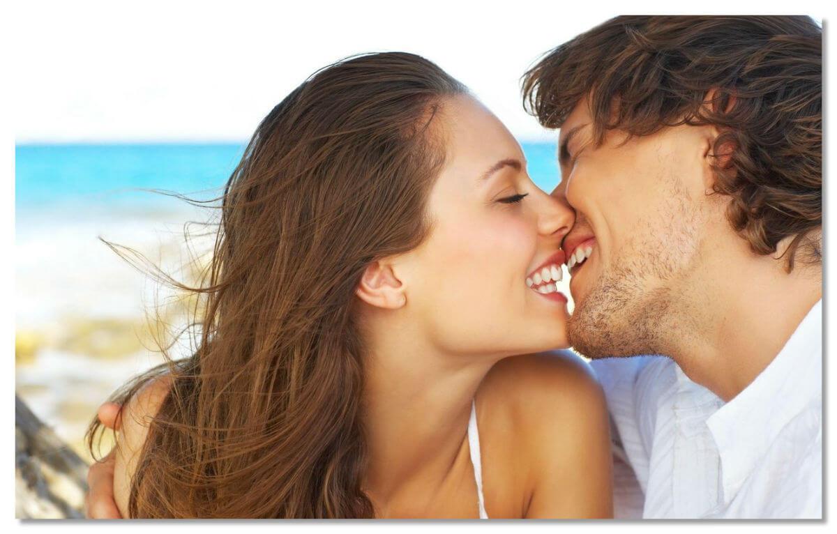 Поцелуи в Неаполе запрещены